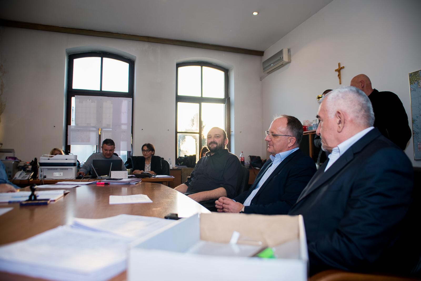 likaclub_politika-gospić_2019_bura-promjena-12