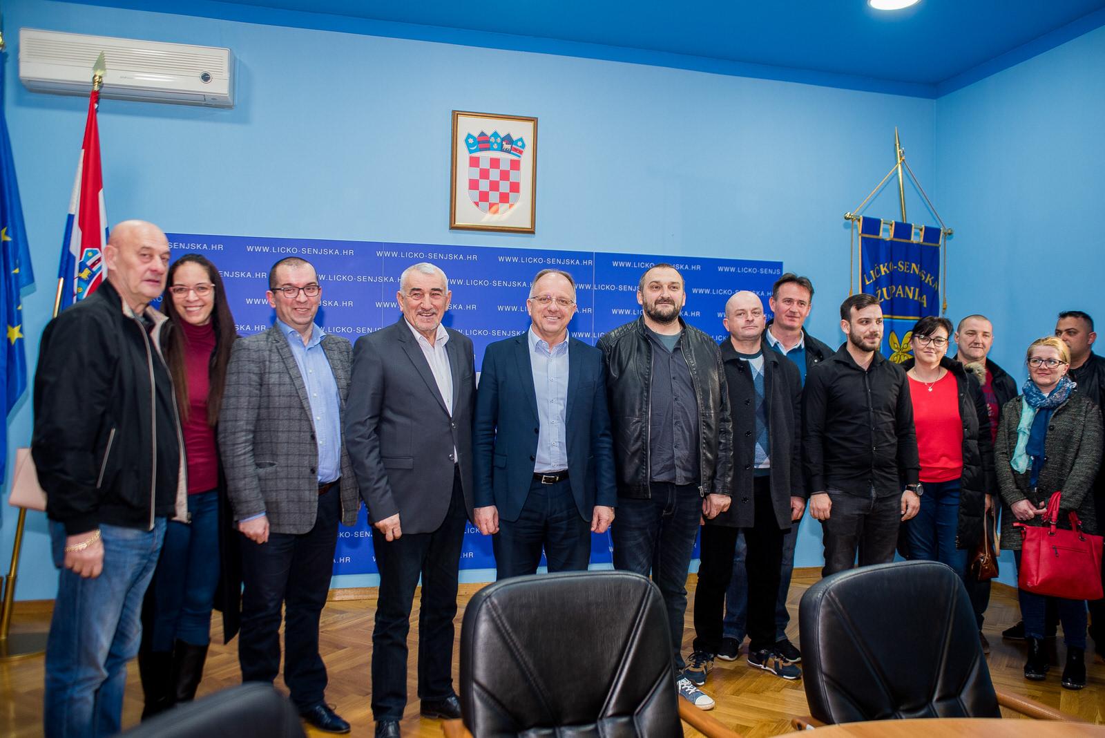 likaclub_politika-gospić_2019_bura-promjena-15