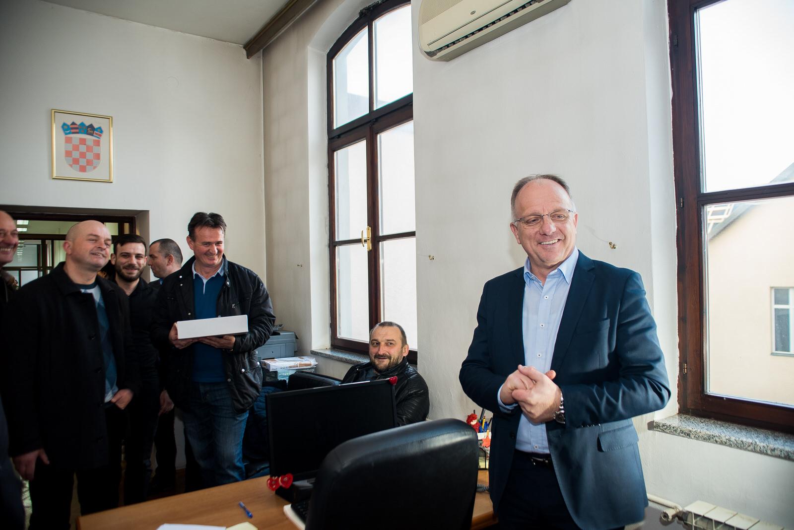 likaclub_politika-gospić_2019_bura-promjena-4
