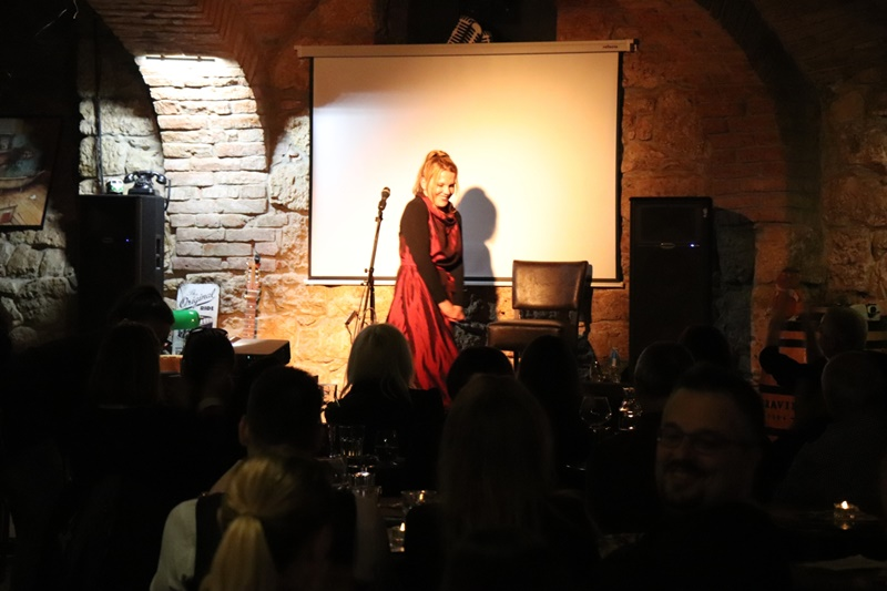 Photo of Elis Lovrić opet oduševljava, poslušajte pjesmu s DORE na labinjonskoj cakavici!