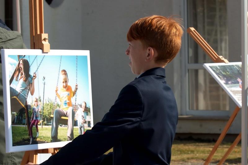 Photo of Nagrađivani fotografi u akciji za pomoć djeci bez roditeljske skrbi
