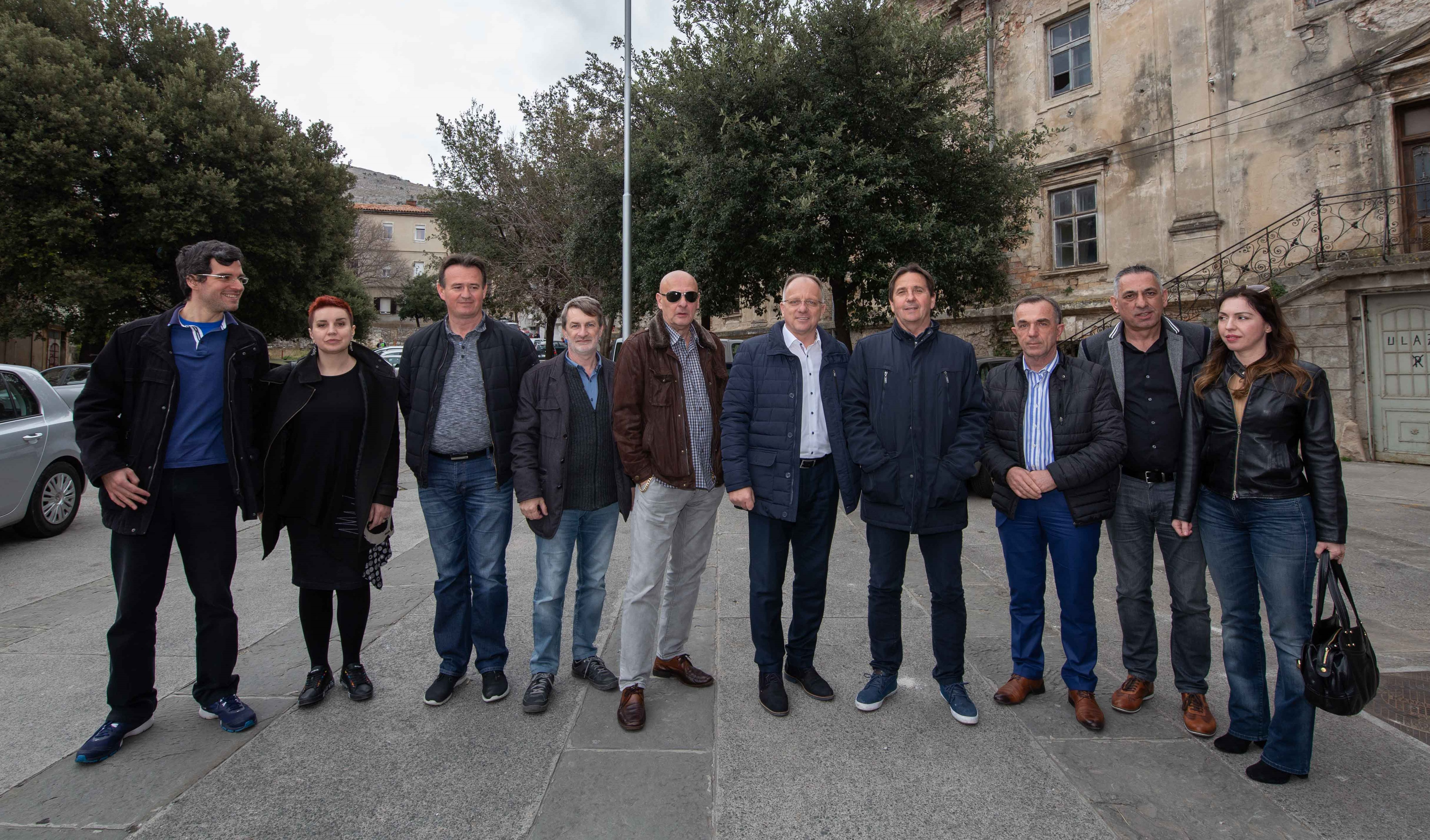 Photo of Ivica Relković i nezavisni čelnici Primoštena, Muća i Otoka podržali Buru promjena: Senj je još jedini u mraku