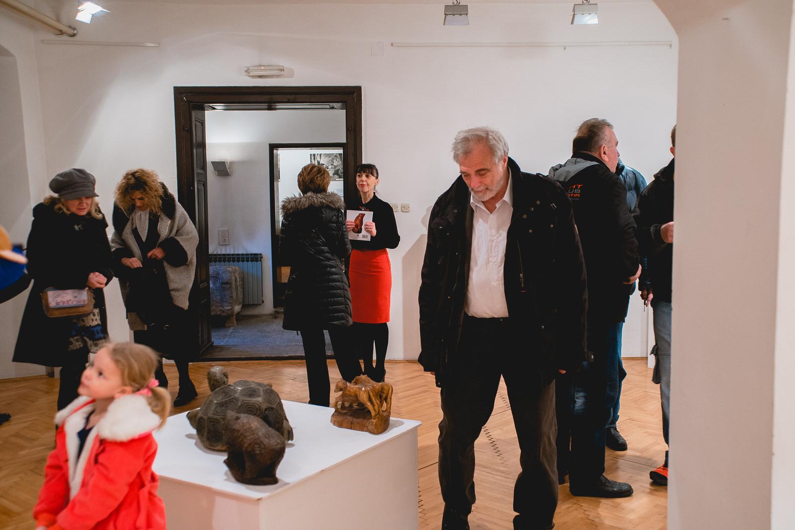 likaclub_gospić_izložba-poetika-skulpture-u-drvu_2019-4