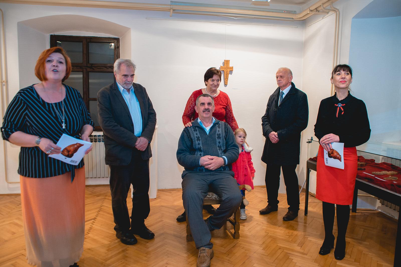 likaclub_gospić_izložba-poetika-skulpture-u-drvu_2019-91