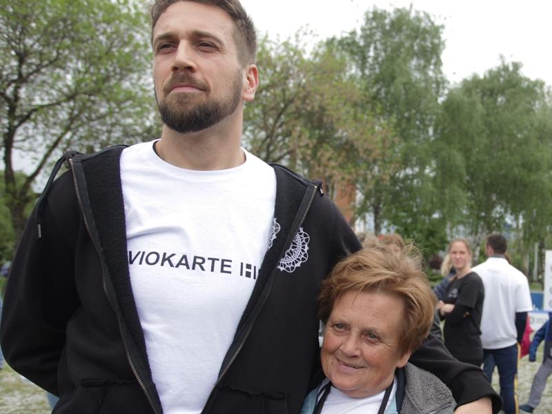 Photo of Nositelj rekorda čestitao Tomislavu: cijela Makedonija je uz tebe!