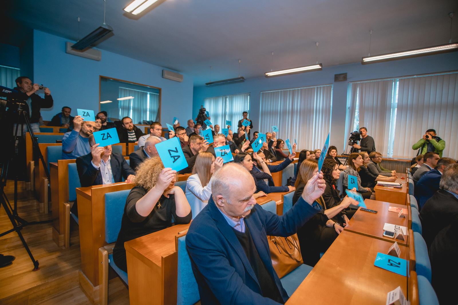 likaclub_gospić_skupština_travanj-2019-12