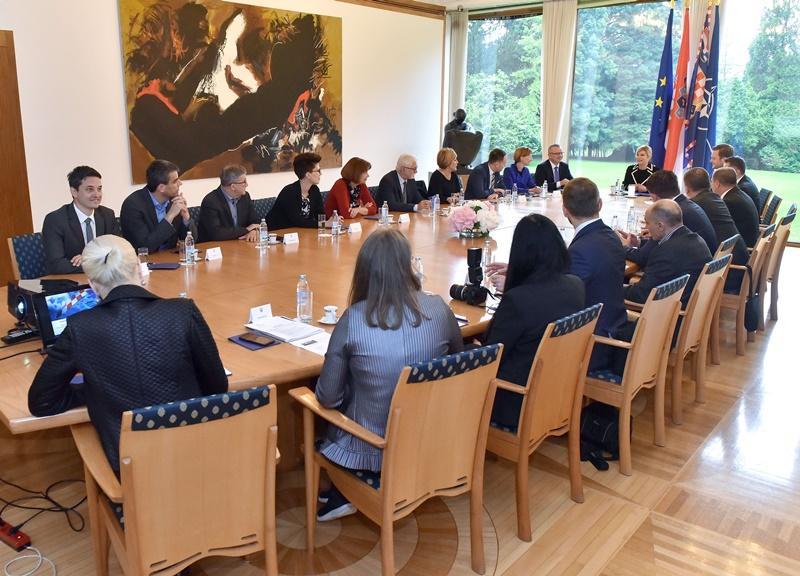 Photo of Održana 39. radna sjednica Vijeća za gospodarska pitanja Predsjednice Republike