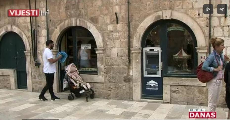 Photo of VIDEO Duž cijelog Straduna ugrađen čak 21 bankomat