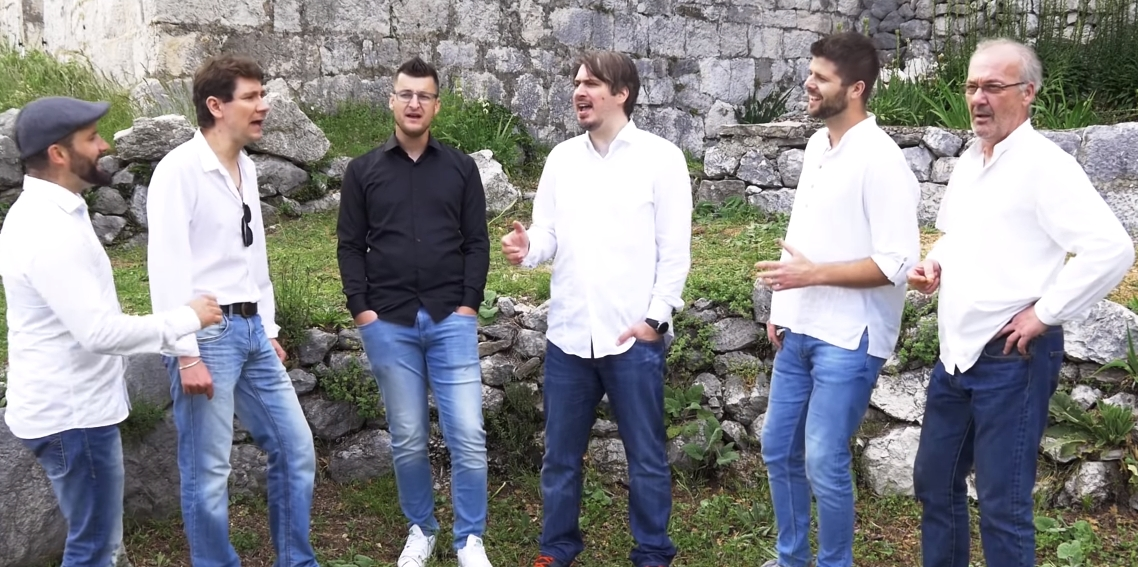 Photo of Klapa sv. Florijan u spotu za novi singl zapela u godinama!