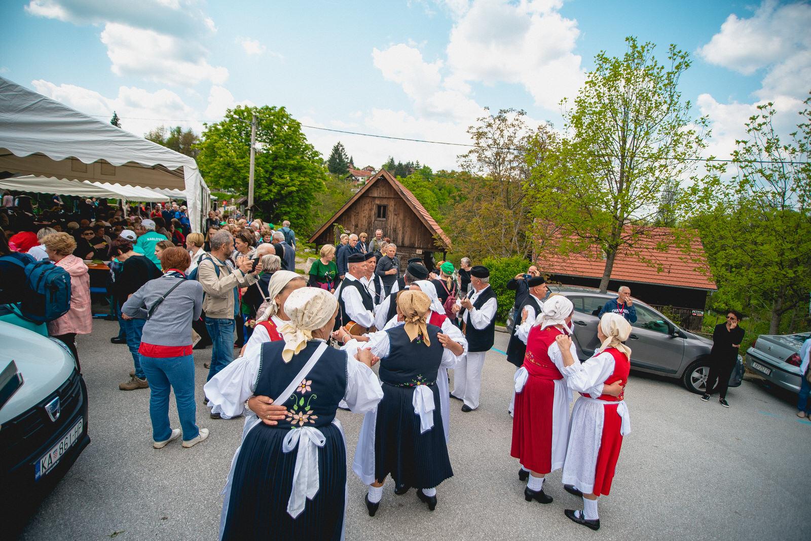 likaclub_slunj_rastoke_5-festival-nordijskog-hodanja_2019-100
