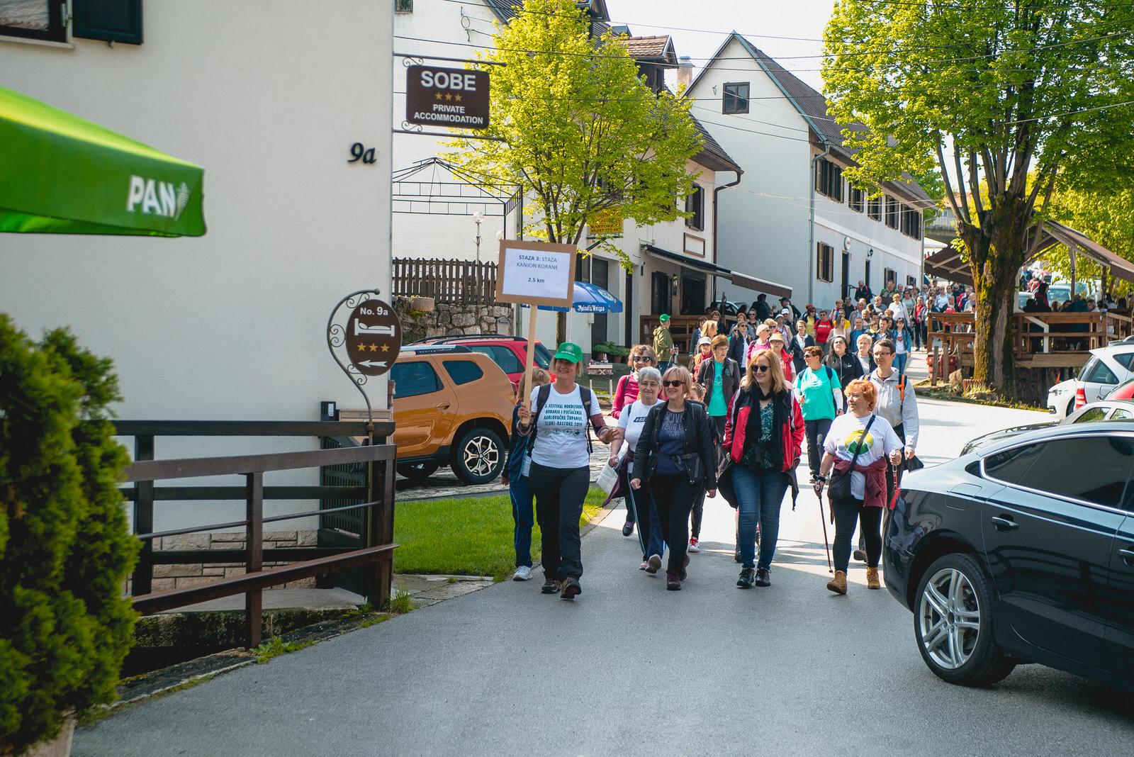 likaclub_slunj_rastoke_5-festival-nordijskog-hodanja_2019-55