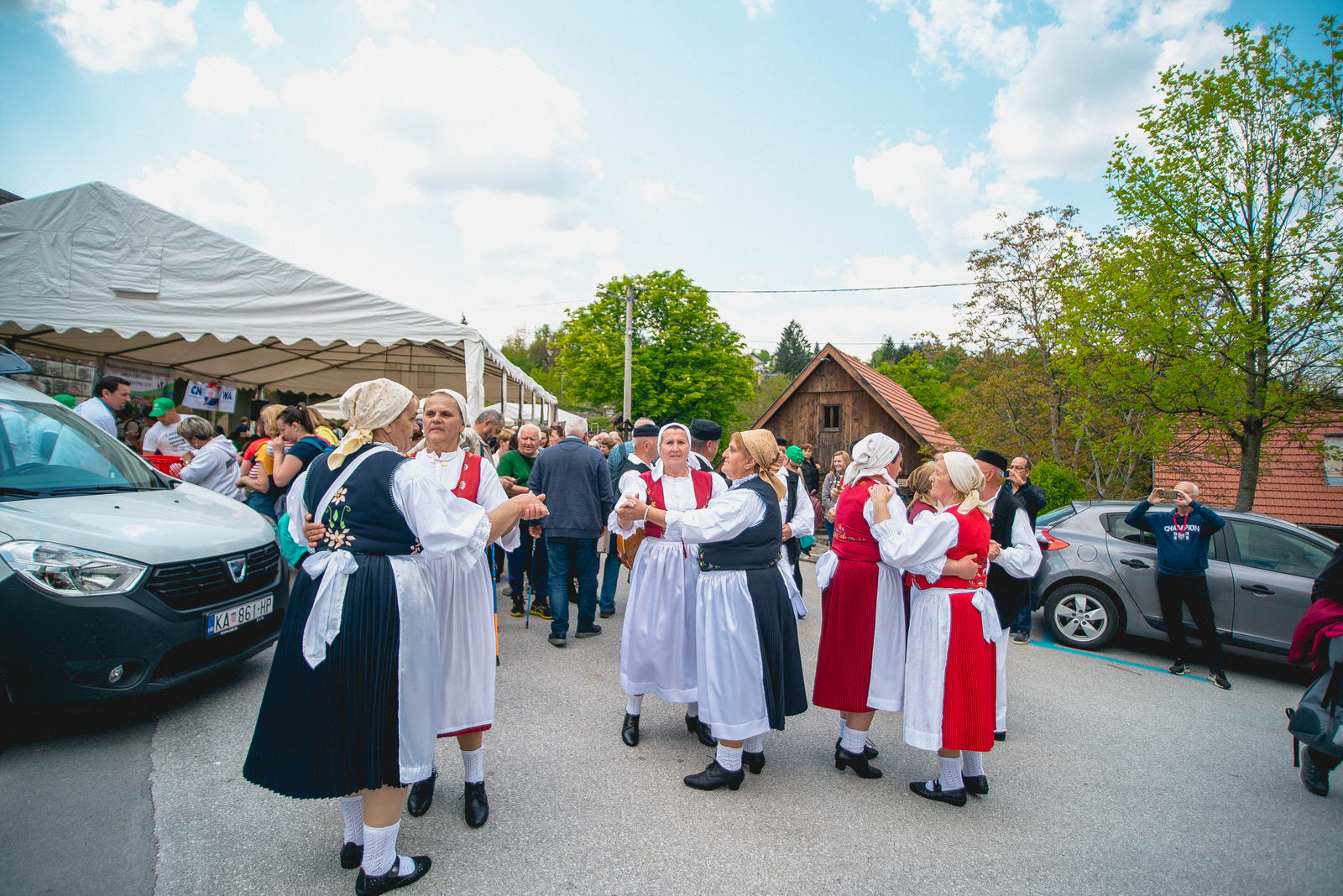 likaclub_slunj_rastoke_5-festival-nordijskog-hodanja_2019-98