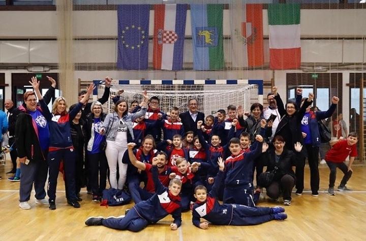 Photo of Mladi gospićki rukometaši osvojili peto mjesto na završnici prvenstva Hrvatske