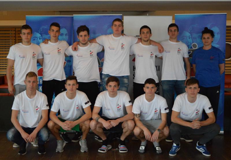 Photo of Senjski srednjoškolci osvojili srebro na državnom prvenstvu u rukometu!