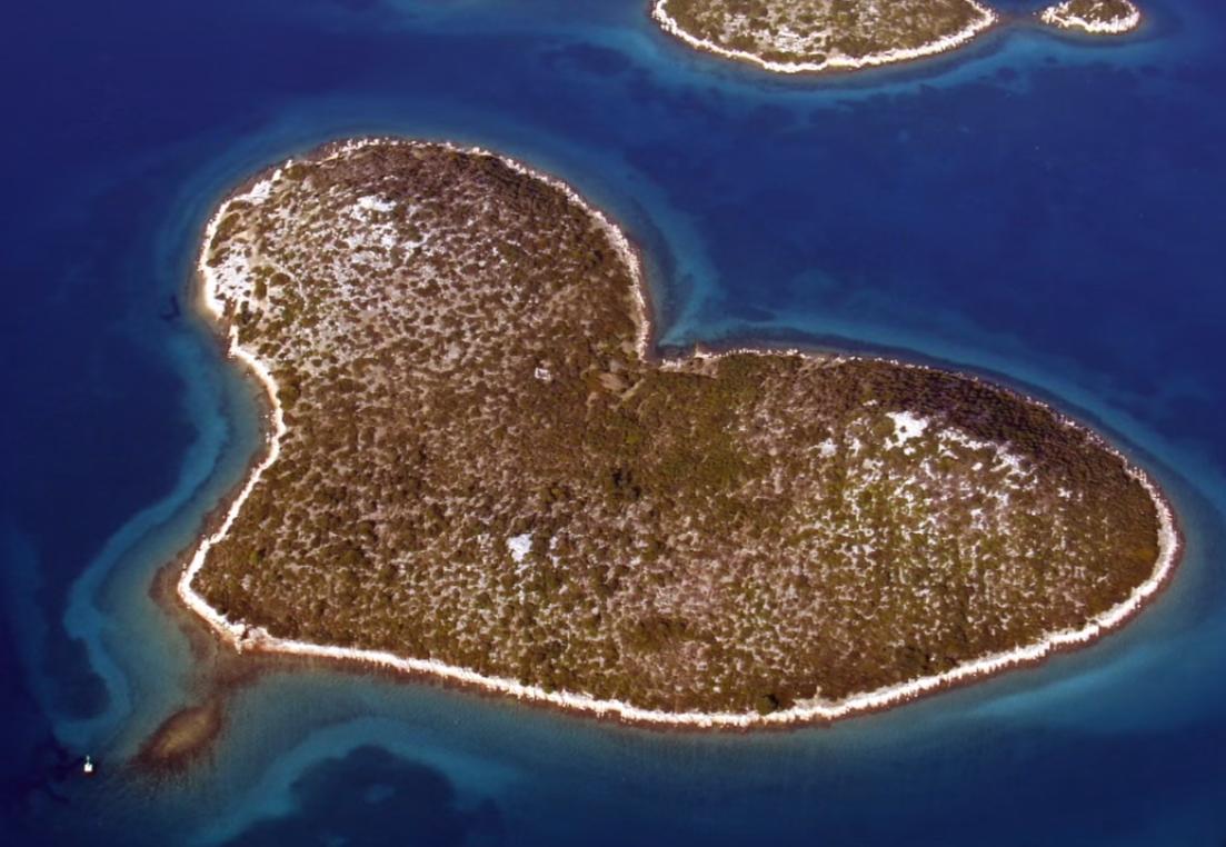 Photo of OTKRIĆE NA OTOKU SRCOLIKOG OBLIKA Ljudi su živjeli na Galešnjaku prije 7000 godina!