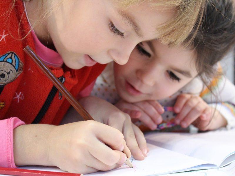 """Photo of GOSPIĆ Društvo """"Naša djeca"""" prikuplja potrepštine za djecu pogođenu potresima"""
