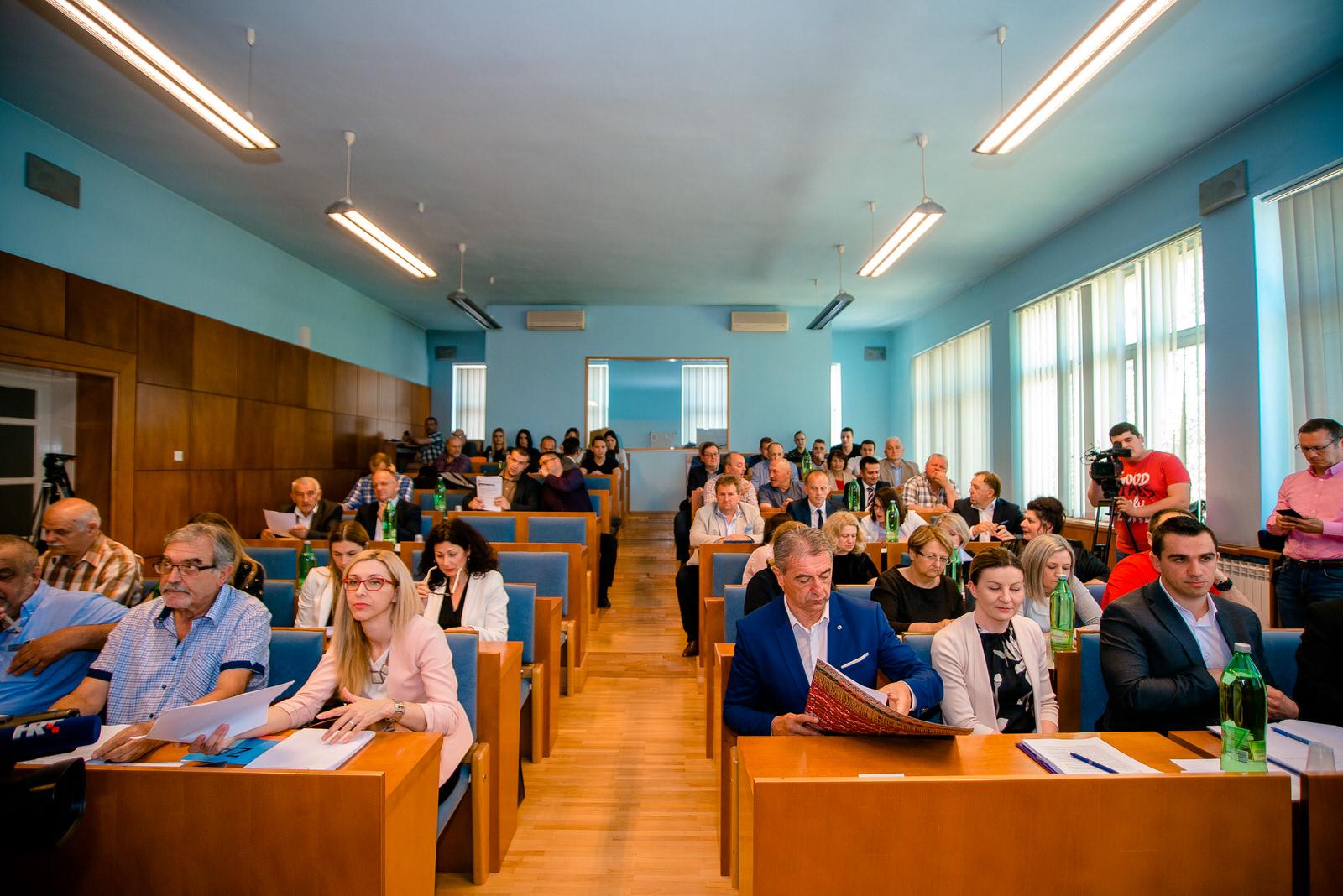 Photo of LIČKO-SENJSKA Koliko nas koštaju vijećnici u gradovima, općinama i županiji?