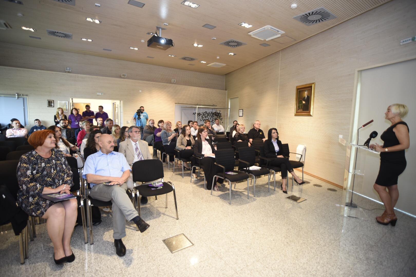 Photo of FOTO Danas se u Smiljanu svečano obilježava 163. obljetnica rođenja Nikole Tesle