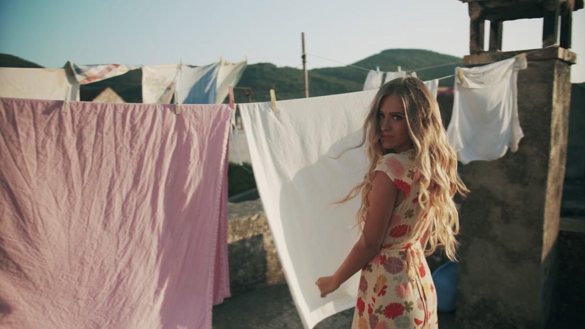 Photo of Zašto je novi spot Domenice poseban?