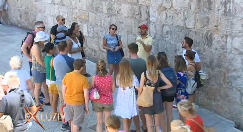 Photo of VIDEO Koliko su fanovi stvarno spremni platiti turu po dubrovačkim Game of Thrones lokacijama?