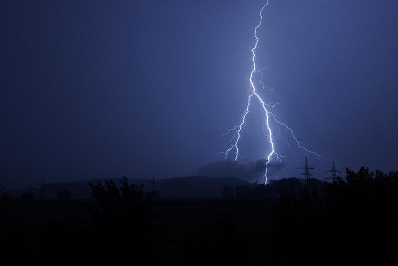 Photo of Vremenska prognoza: Pad temperature, obilna kiša i opasnost od tuče