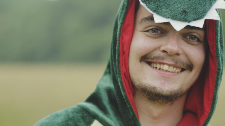 """Photo of """"Dinosaur"""" – novi singl Mnogih Drugih s važnom porukom"""