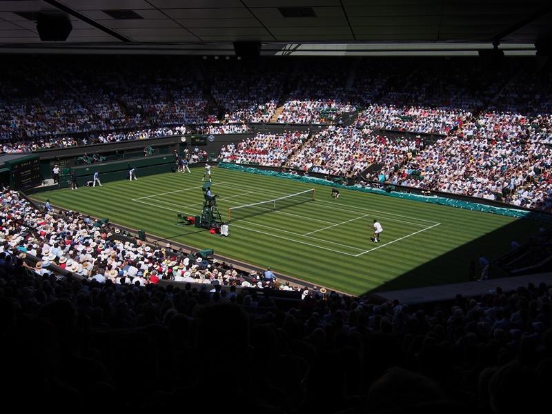 Photo of SUDAR TENISKIH TITANA Federer i Nadal za finale Wimbledona danas na centralnom terenu