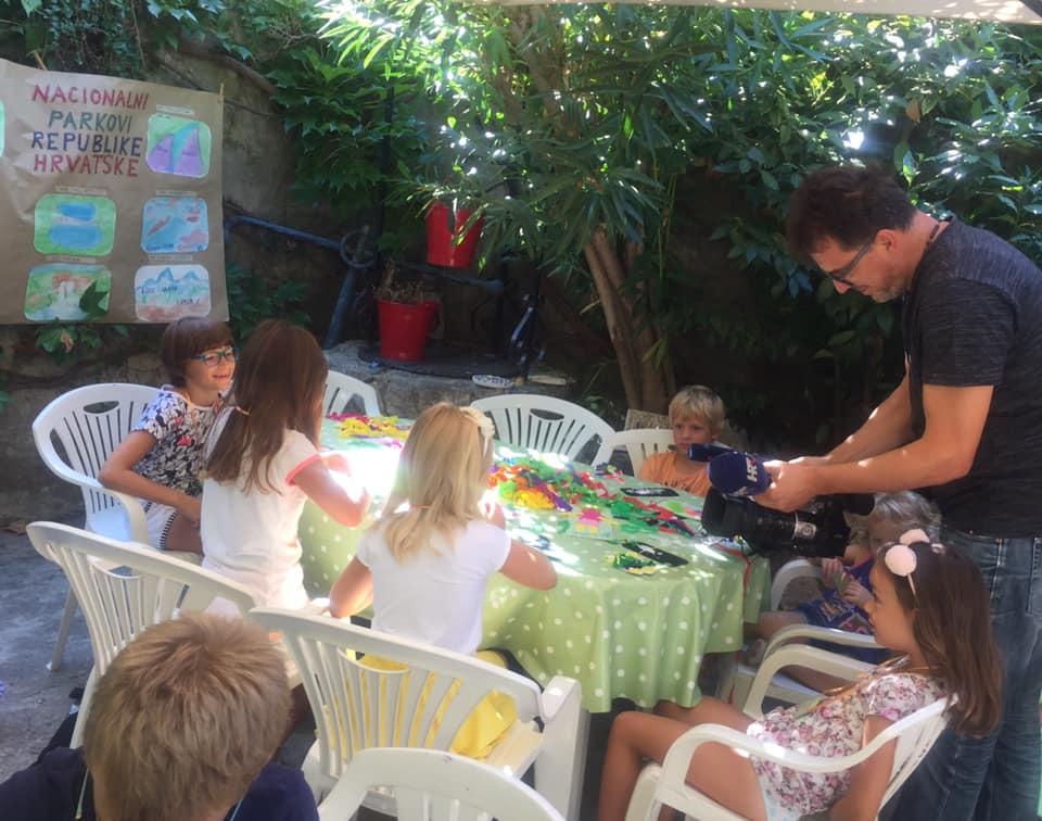Photo of VIDEO Koliko su važne kreativne radionice za djecu u Crnkovićevom dvoru?