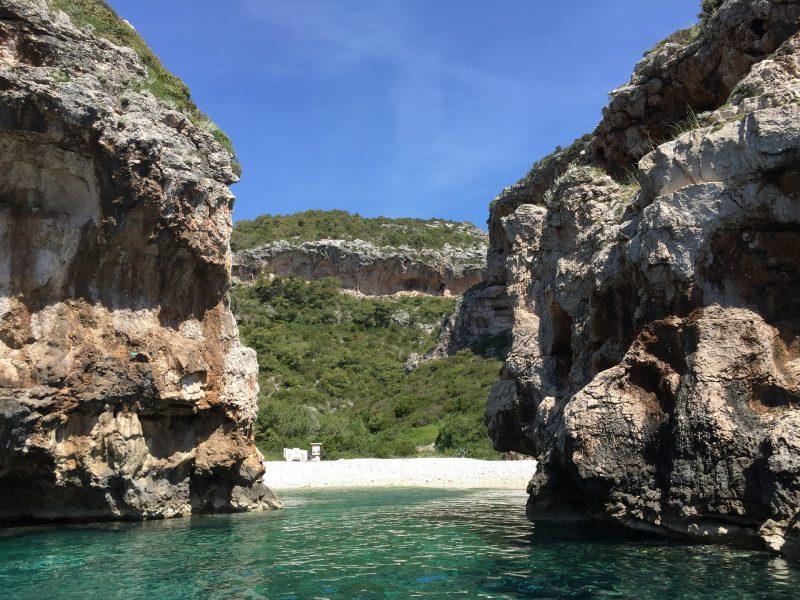 Photo of Londonski list savjetuje turistima da ovaj hrvatski otok posjete u rujnu