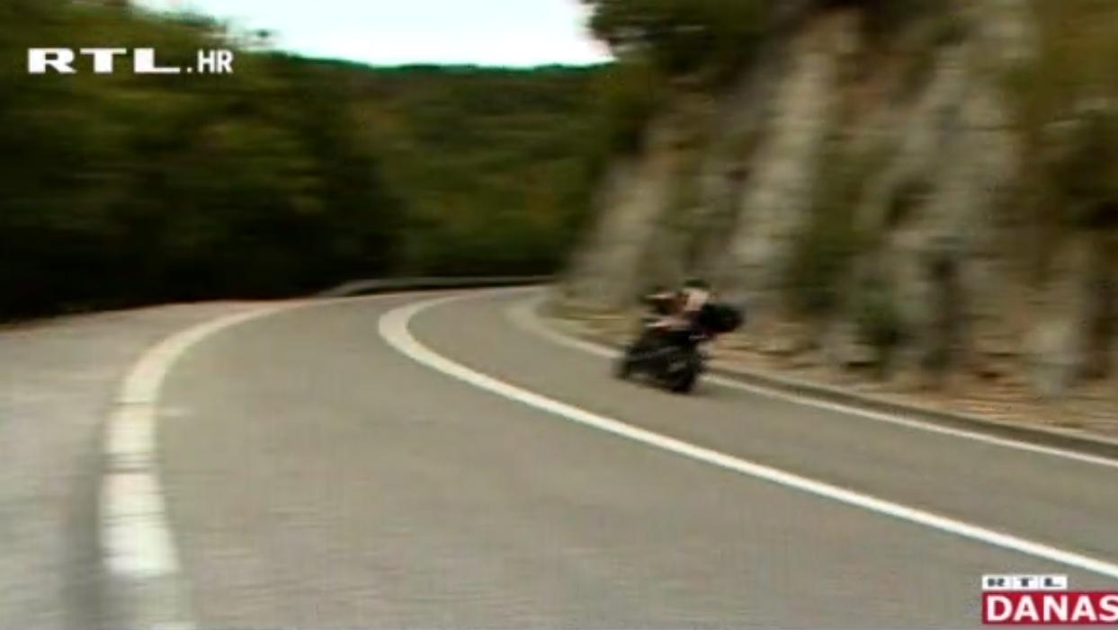 Photo of VIDEO Na cesti Gospić-Karlobag stradao još jedan motociklist, GSS upozorava na kobni zavoj