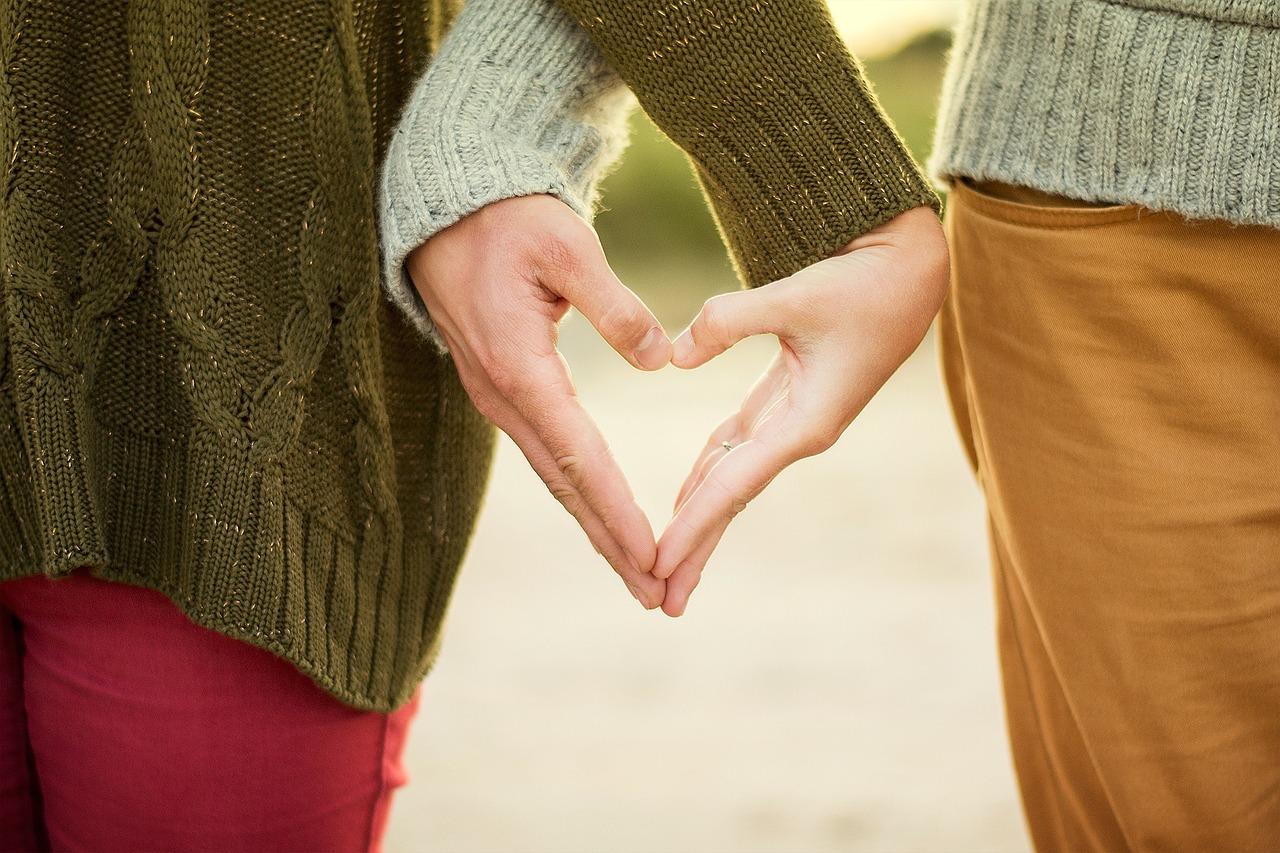 Photo of FSB ima ljubavni par koji zaljubljenost iskazuje – preko oglasne ploče!