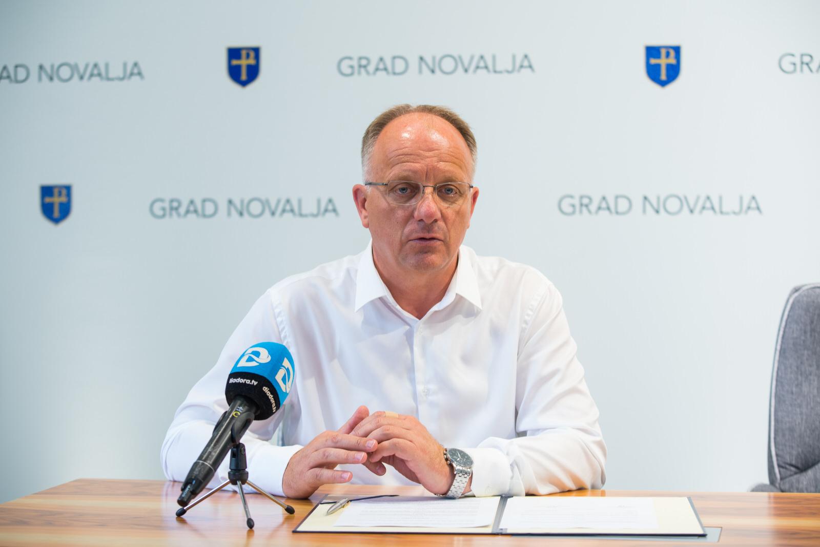 Photo of Čestitka gradonačelnika Ante Dabe u povodu Dana neovisnosti Republike Hrvatske
