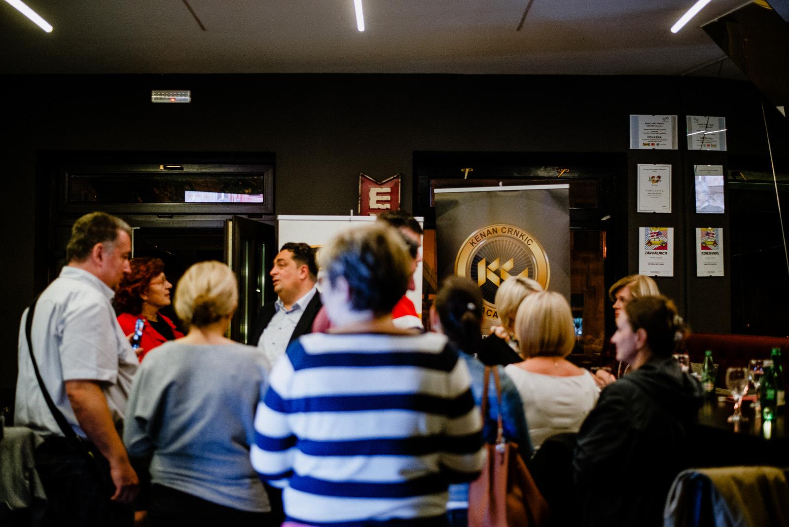 likaclub_otočac_book-caffe-paradisso_kenan-crnkić_2019-23