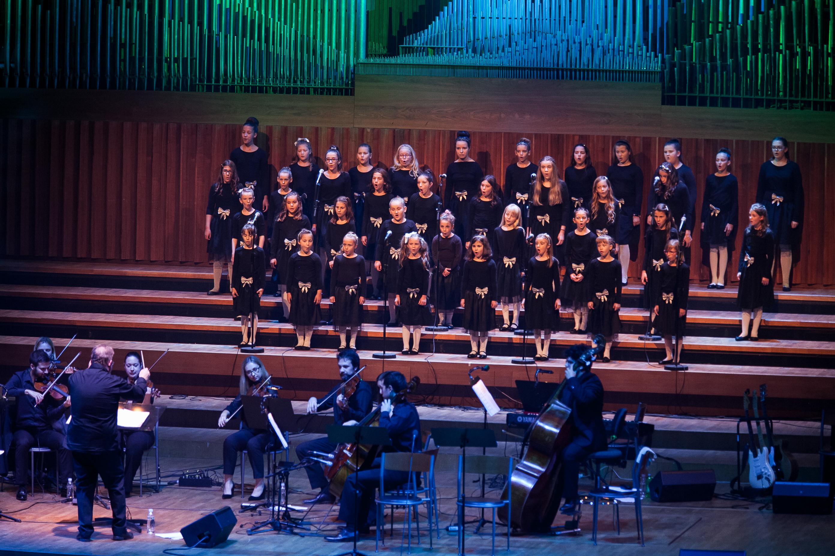 Photo of Zborovi Pjevačkog studija Mozartine dolaze u Ogulin!