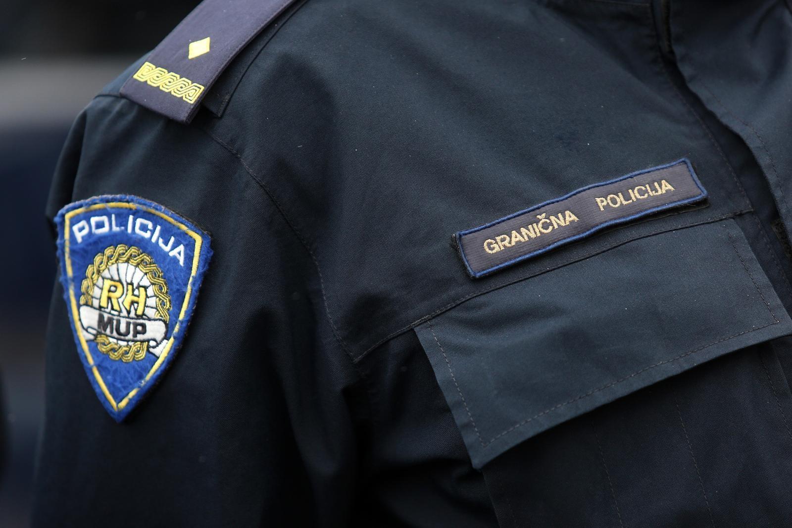 Photo of Migrant teško ozlijeđen tijekom policijske intervencije u Gorskom kotaru