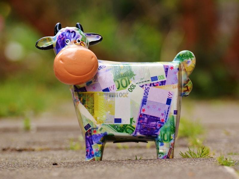 Photo of Zašto je većina ljudi bez novca? Evo što kaže Parkinsonov zakon