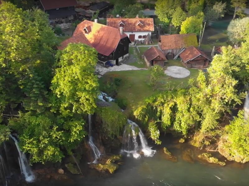 Photo of VIDEO  Očaravajući spoj čovjeka i rijeka u novom videu Gorana Šafareka