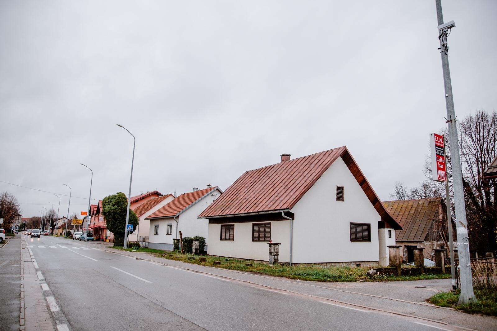 Photo of FOTO Gospić dobio novu kameru za nadzor brzine