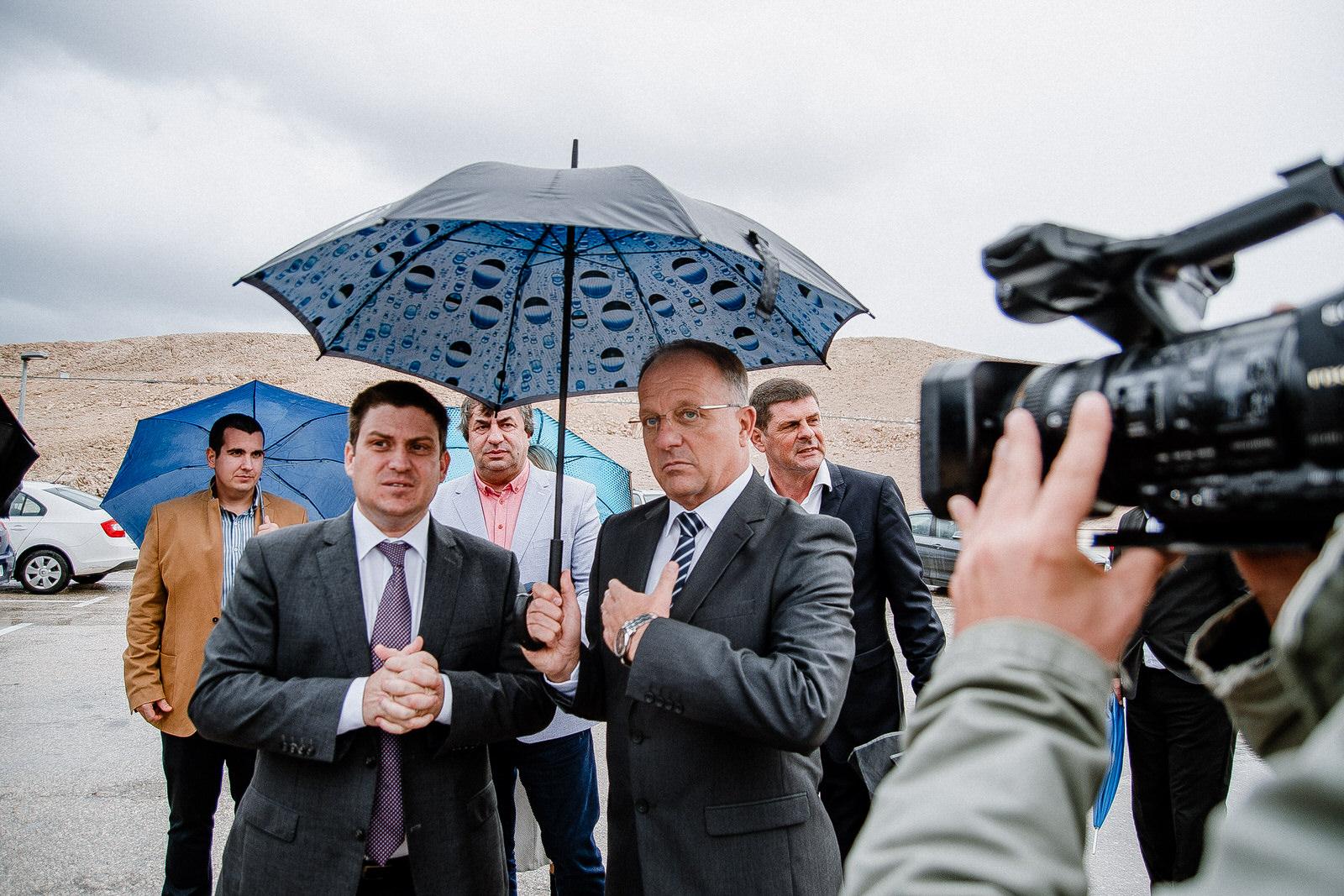 likaclub_novalja_potpisivanje-ugovora-žigljen_2019-3