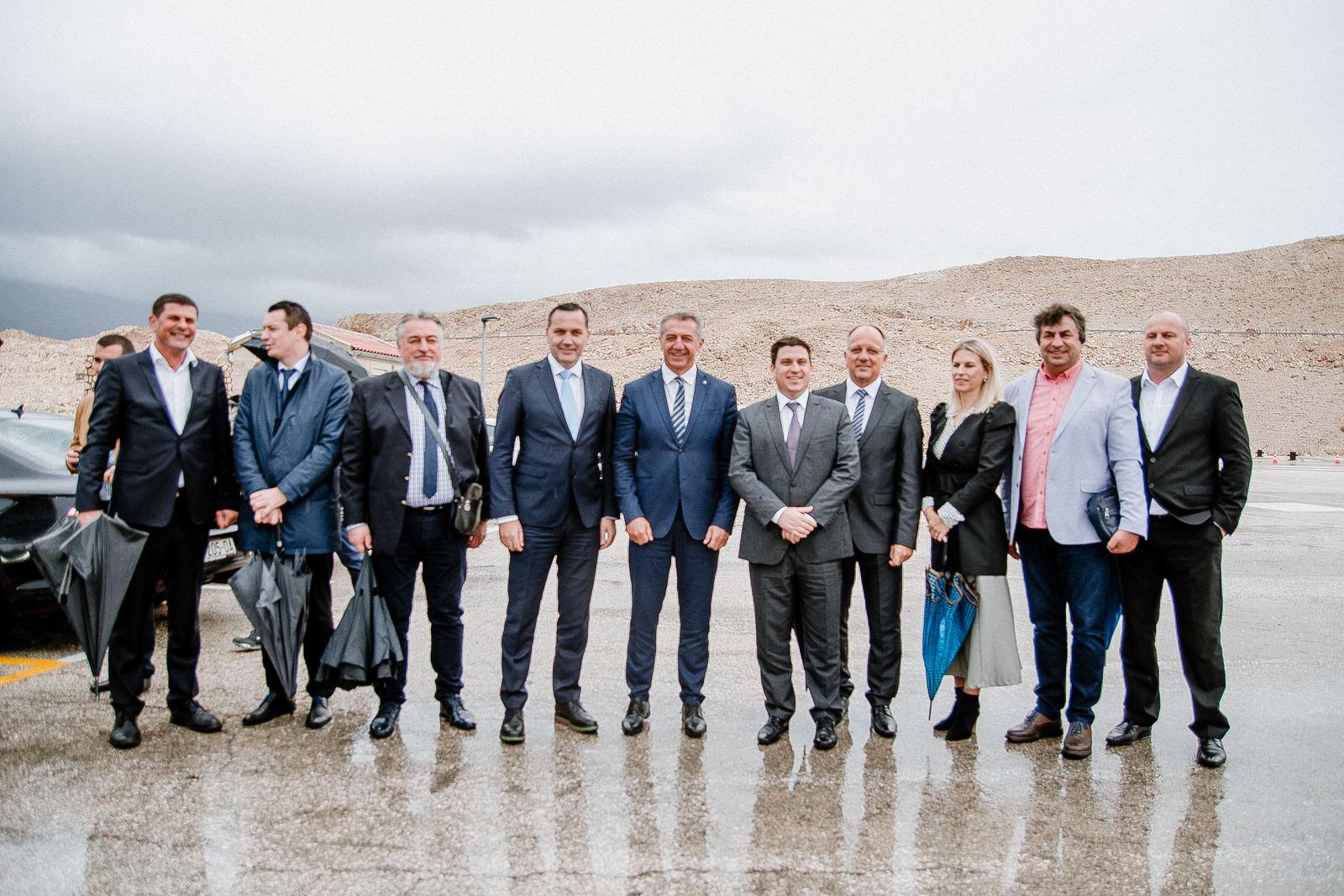 likaclub_novalja_potpisivanje-ugovora-žigljen_2019-41