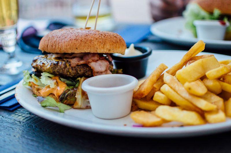 Photo of Kako prevariti želudac i jesti manje – otkrijte uz ove trikove!