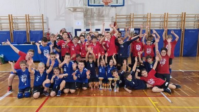 Photo of Mladi gospićki rukometaši osvojili tri zlata i srebro na turniru u Opatiji!