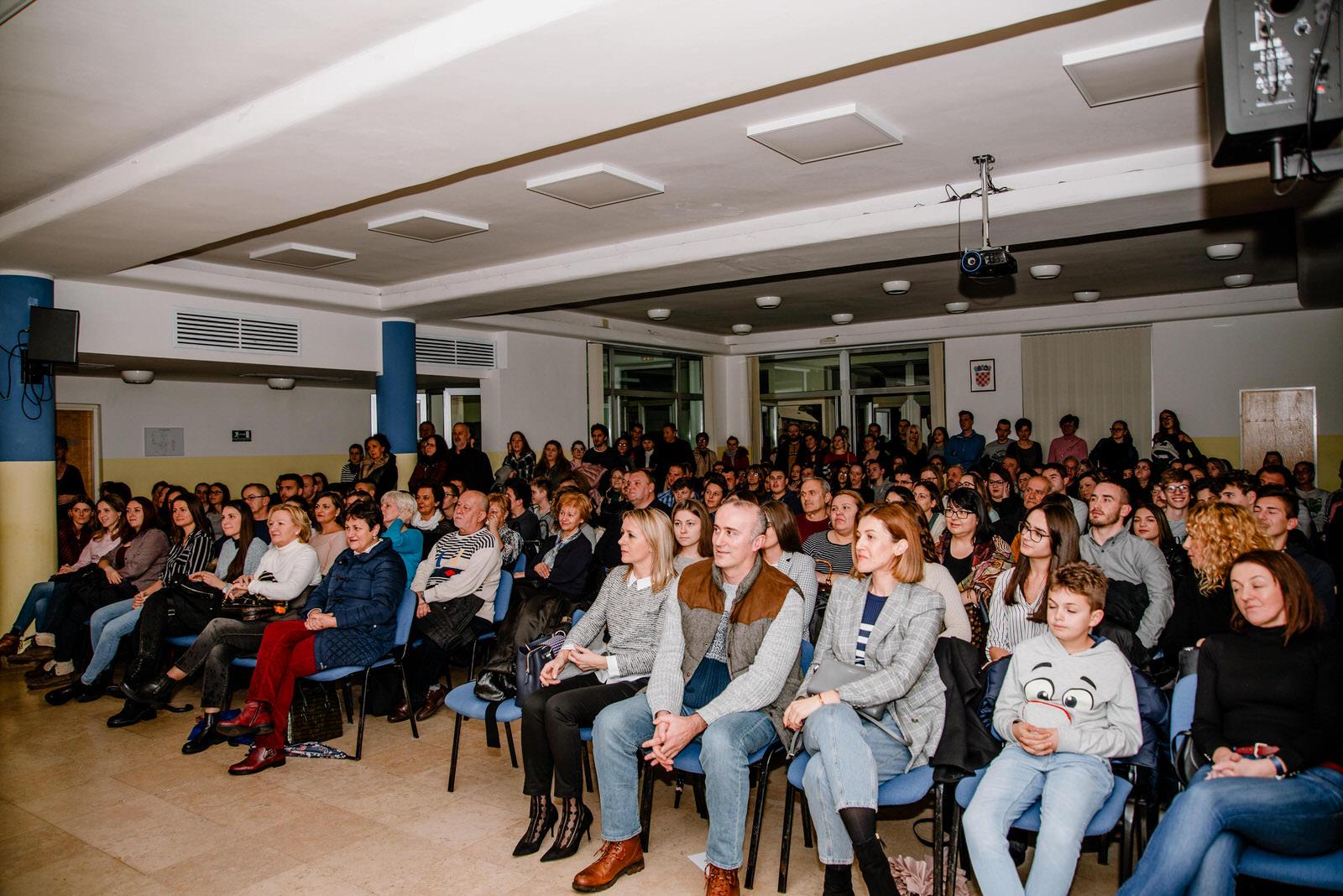 likaclub_gospić_kic_lajnap stand up_siječanj_2020 (3)