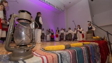 Photo of FOTO Folklorna društva izvornim pjesmama i plesovima oduševila Koreničane