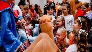 Photo of FOTO Mališani uživali u plesu i zabavi na dječjem maskenbalu u Korenici