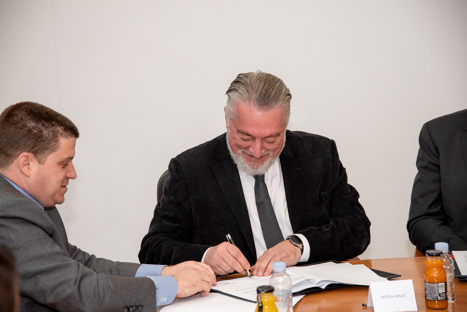 likaclub_svečanosti potpisivanja ugovora i sporazuma_lsž_28-2-2020 (18)