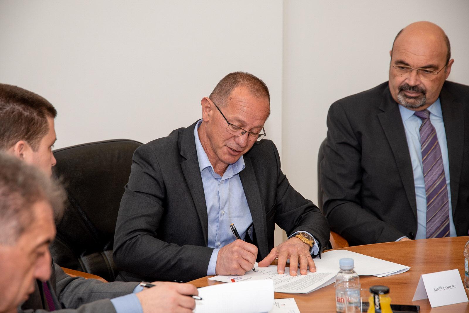likaclub_svečanosti potpisivanja ugovora i sporazuma_lsž_28-2-2020 (24)