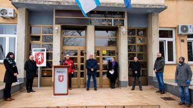 Photo of Starčević iz Gospića: Zajedno smo iznijeli u povijesti i veće terete na svojim leđima pa se nadamo da ćemo i ovome uspješno odoljeti