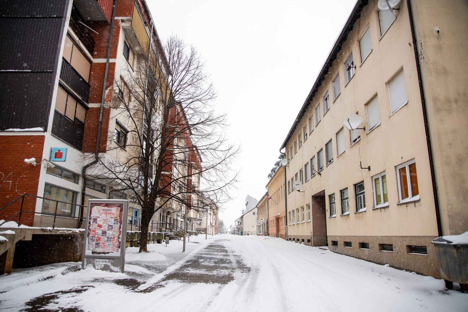 likaclub_snijeg u ožujku 2020 (19)
