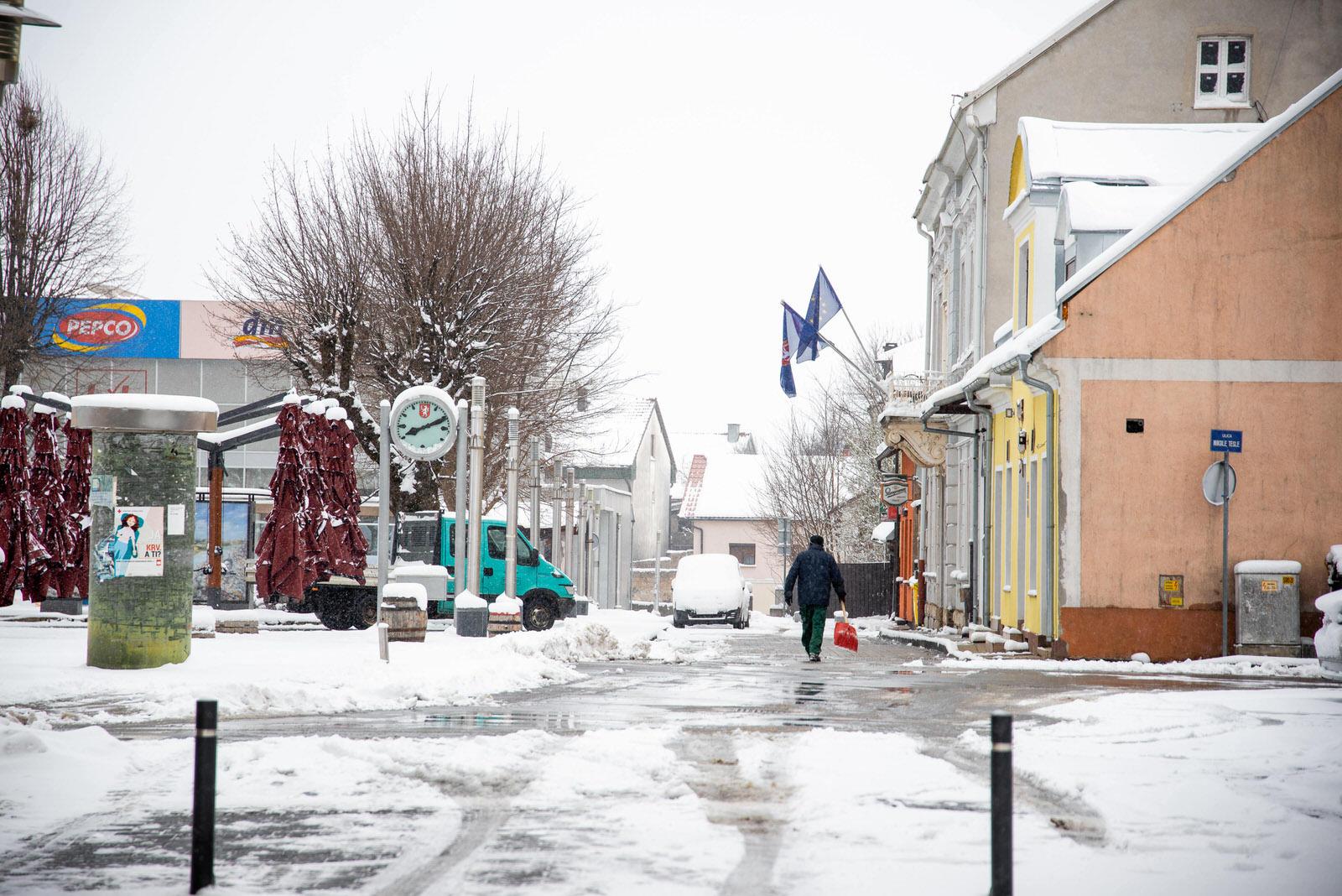 likaclub_snijeg u ožujku 2020 (20)